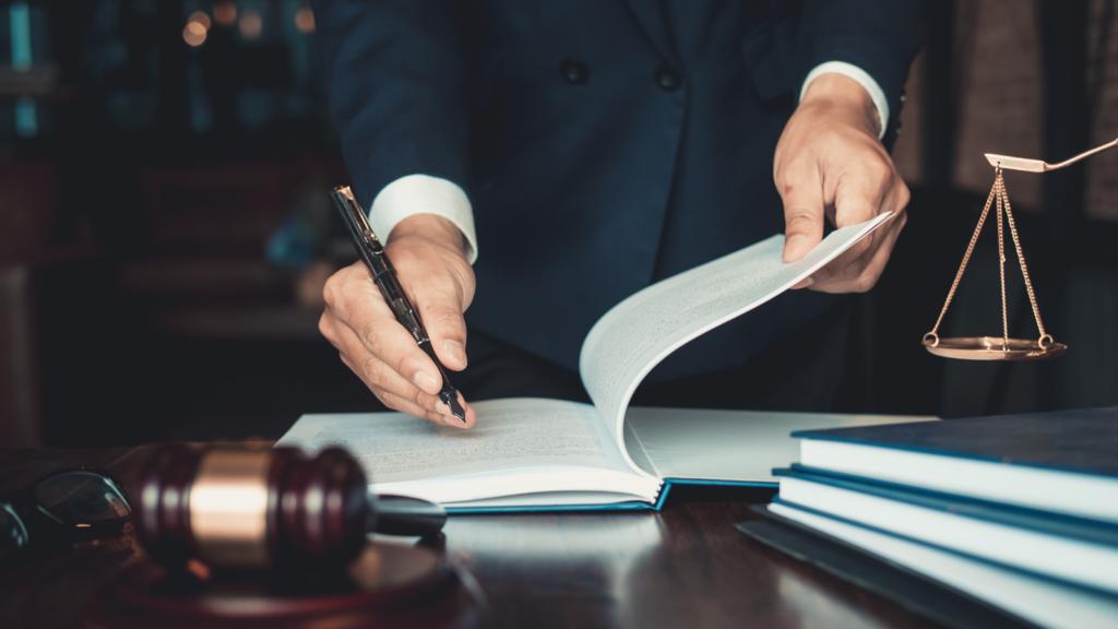 Arizona Eliminates Peremptory Challenges in All Jury Trials